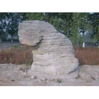 大量假山原料,天然千层石,大型奇石,园艺石湖边石|天然卵石批