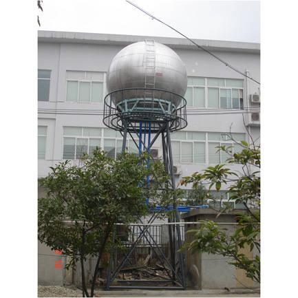 成都森泉不�P�球型水塔水箱