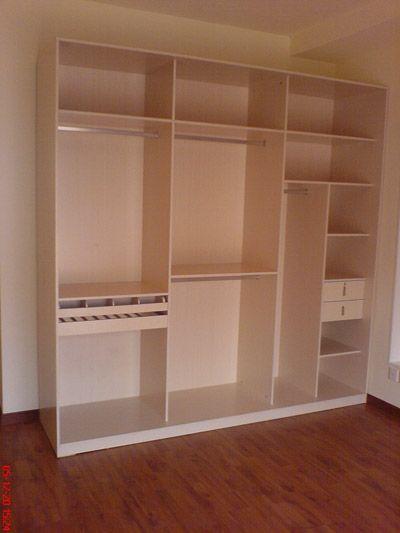 标准三门衣柜内部结构
