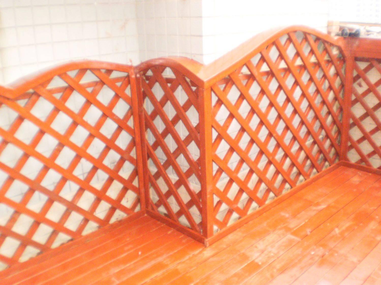供应订做加工优质木防腐木篱笆墙