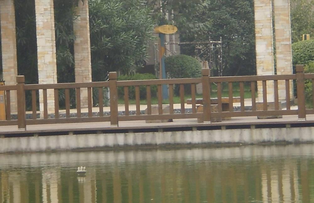 聚源防腐木护栏