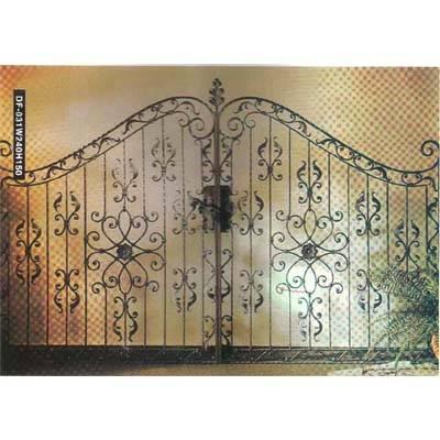 南京联润铁艺装饰工程公司-大门系列-锻钢大门-DD004