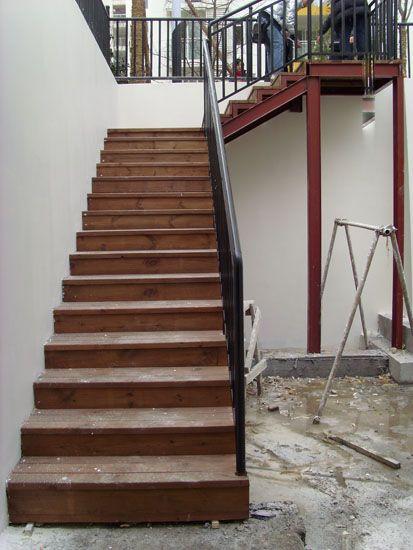 成都防腐木梯步-私家梯台