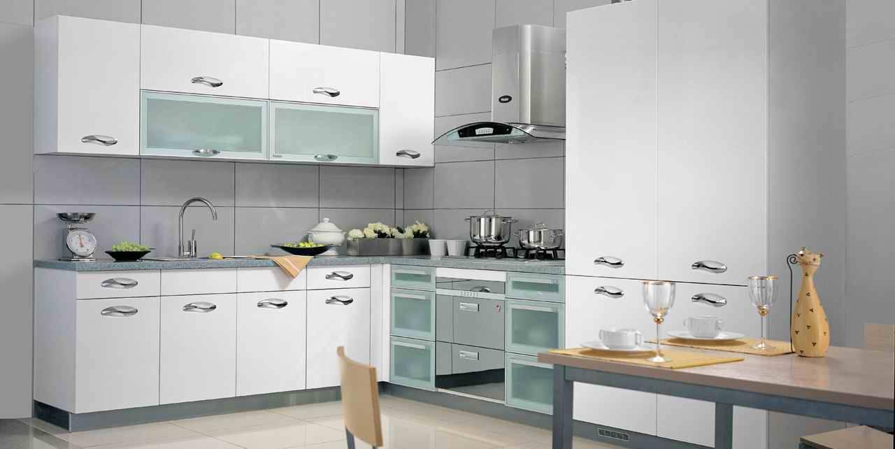 for Italian modular kitchen designs