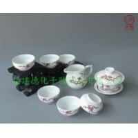 手绘傲雪梅花图案陶瓷茶具