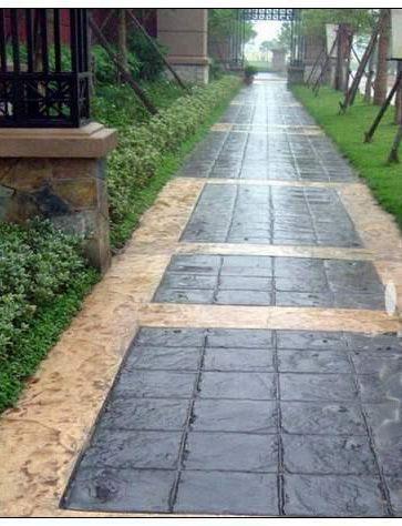 真石丽仿古压模地坪道路在园林古建项目中的使用情况