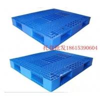 粮食堆垛塑料托盘 粮食码垛塑料垫板