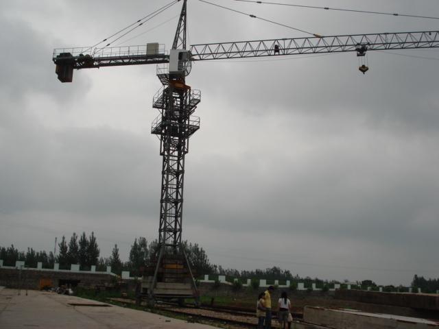 移动式塔机,塔吊,塔式起重机