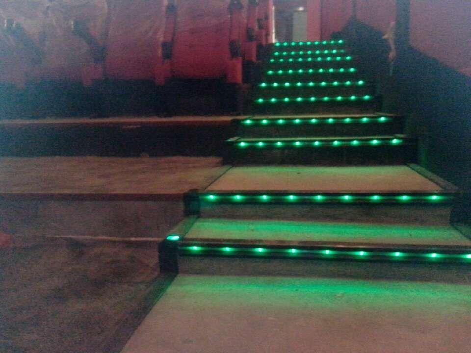 电影院彩旗灯,led电影灯,铝合金光纤灯,铝合金台阶灯怖偶台阶小豆瓣台阶图片