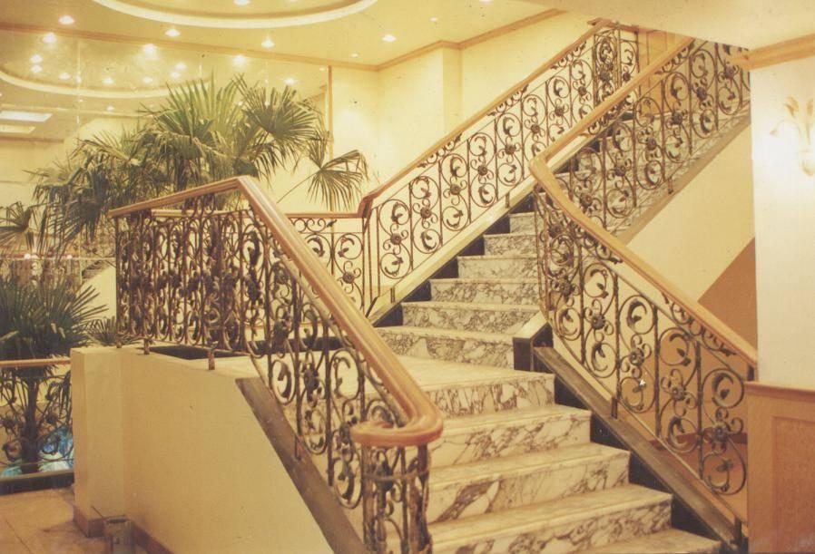 欧式楼梯围栏设计