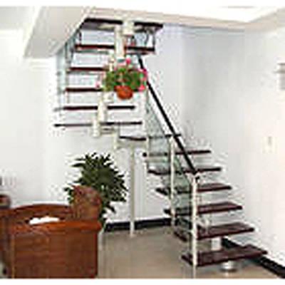 铁制旋转楼梯结构图