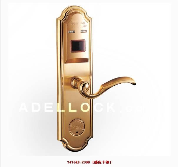 爱迪尔家庭门锁 感应卡锁高清图片