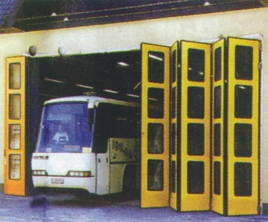折叠门,电动折叠门,遥控车库门,翻板门,电动翻板门
