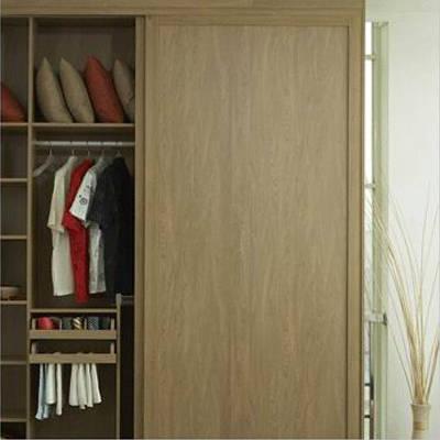 好莱客衣柜-同色边框门-英格兰黄橡同色边框