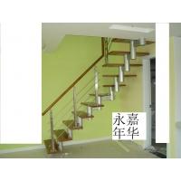 L型刚木楼梯