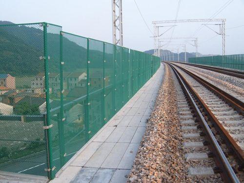 公路护栏网,隔离栅,护栏