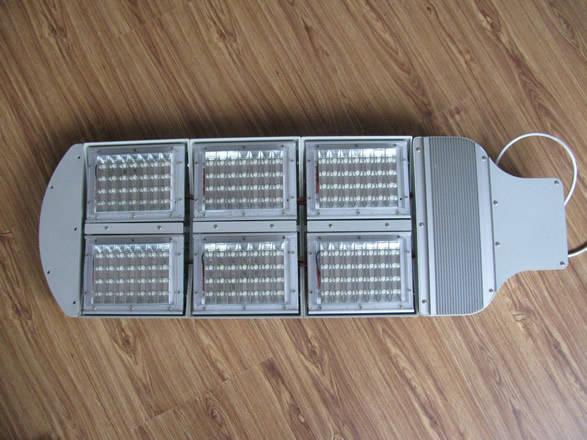 太�能LED�纛^ �西西安索��太�能照明